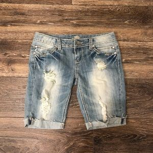 Jean washed/wripped shorts